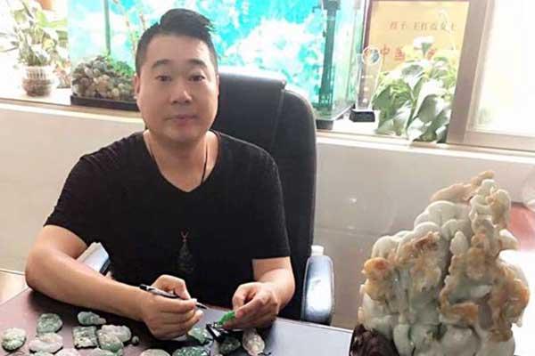 中国青年玉雕艺术家——唐红军
